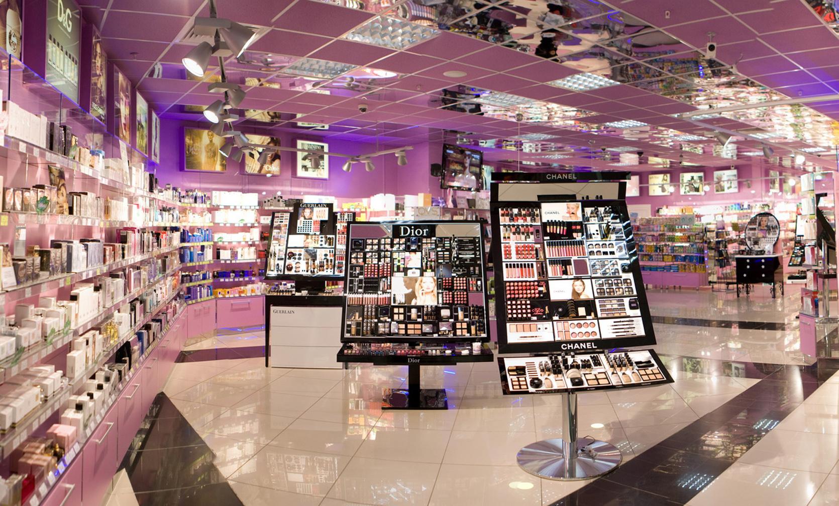 1341816219 img 0628-panorama Пресс-служба сети магазинов элитной парфюмерии  и косметики ... 064328fbf1572