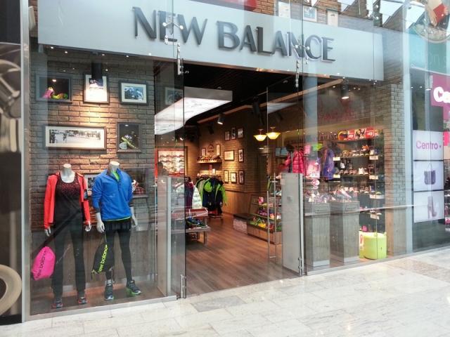 New Balance вдвое увеличивает площадь магазина в ТРЦ Ocean Plaza ... 2ef1111664fac